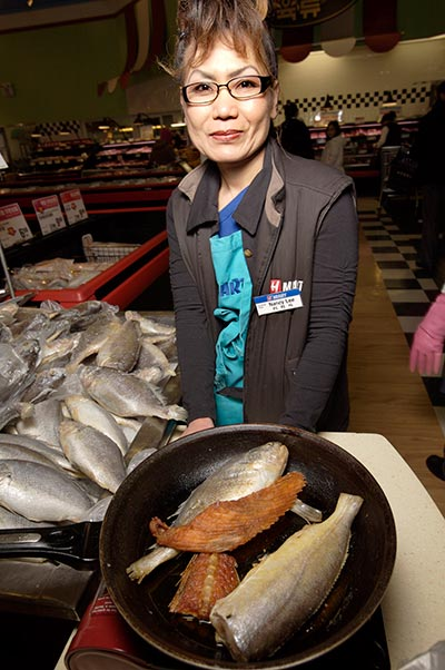 Mar12-2010_fishstation_Hmart04