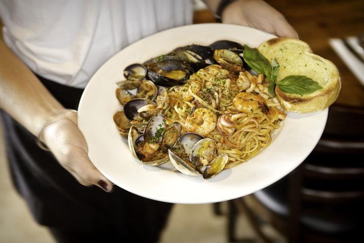 Jimoco Café and Pasta: Linguine
