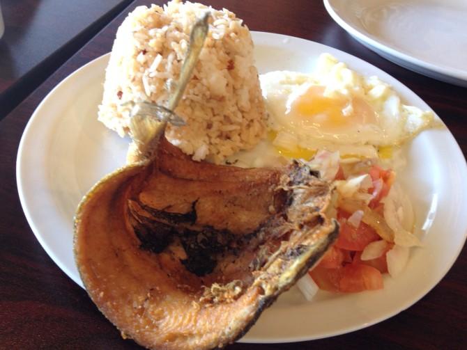 3_bangsilog-breakfast-plate_Kumare-Restaurant