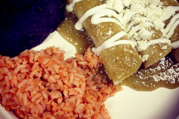 Enchiladas | image courtesy of Pamola Bakery / Instagram
