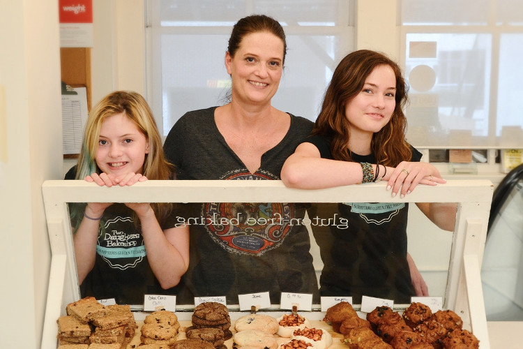 3-two-daughers-bakery-by-kathy-mak