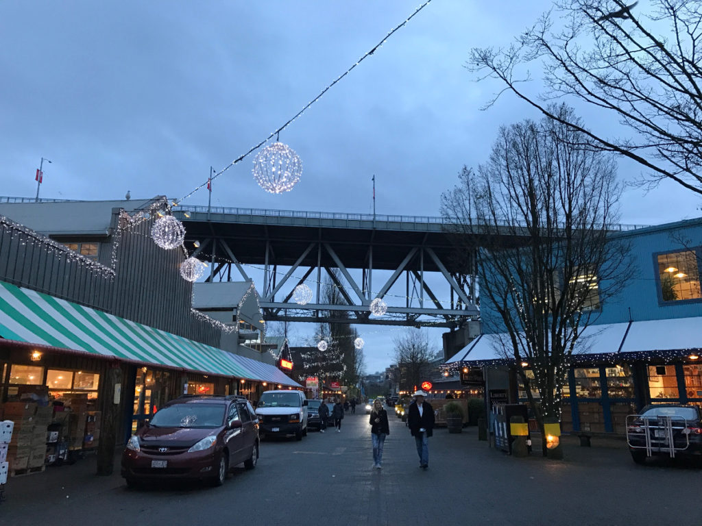 6 Expert Tips to Last-Minute Christmas Foodie Gifts at Granville Island