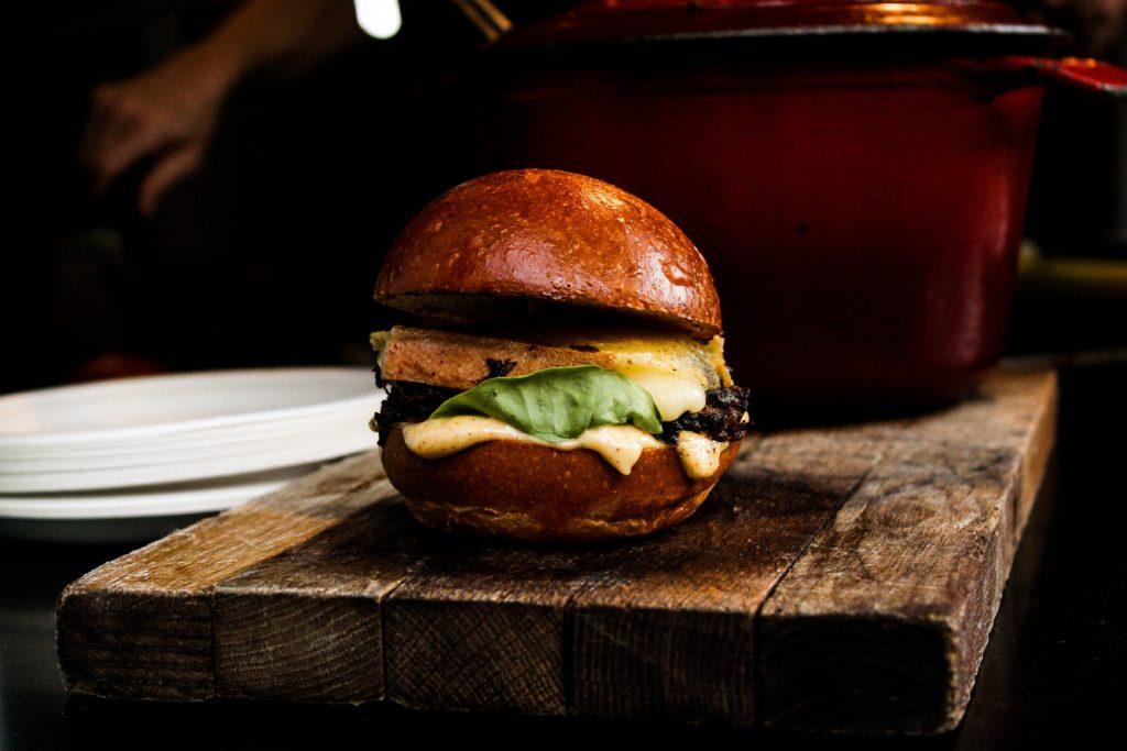 Recipe: Elk Burger with Cranberry Barbecue Sauce