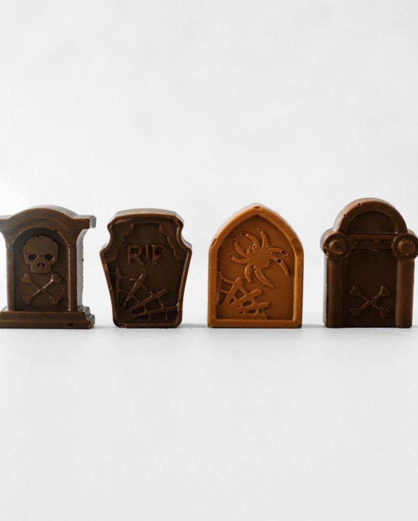 7 Terrifyingly Tasty YVR Spots For Halloween Treats